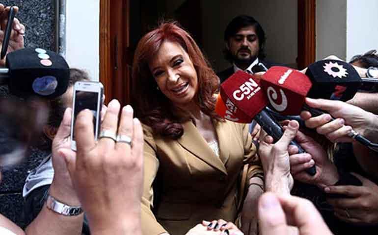 cristina-fernandez-declara-por-caso-de-corrupcion-en-su-contra