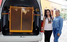 entrega-ana-lilia-unidad-adaptada-para-personas-con-discapacidad-en-ahuacatlan