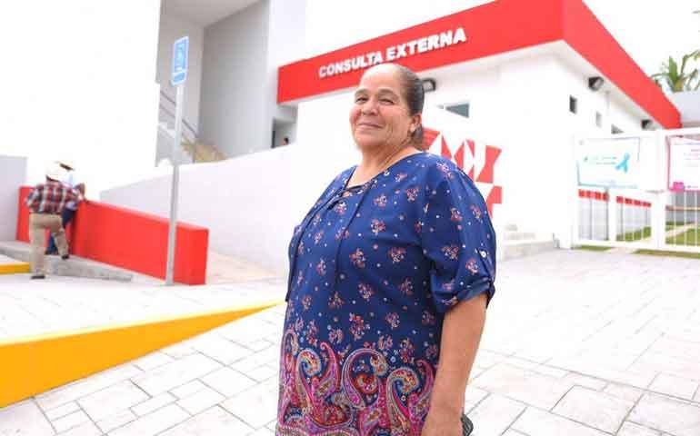 inaugura-roberto-centro-de-salud-en-santa-maria-del-oro