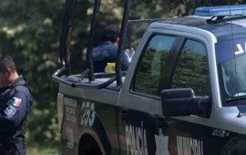 madrugan-a-policias-les-roban-30-armas-en-cuartel-de-morelos