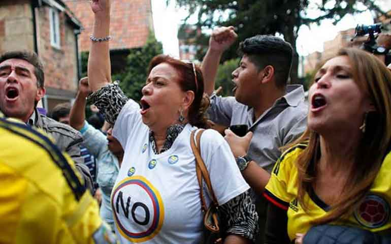 rechazan-en-colombia-acuerdo-de-paz-entre-gobierno-y-las-farc