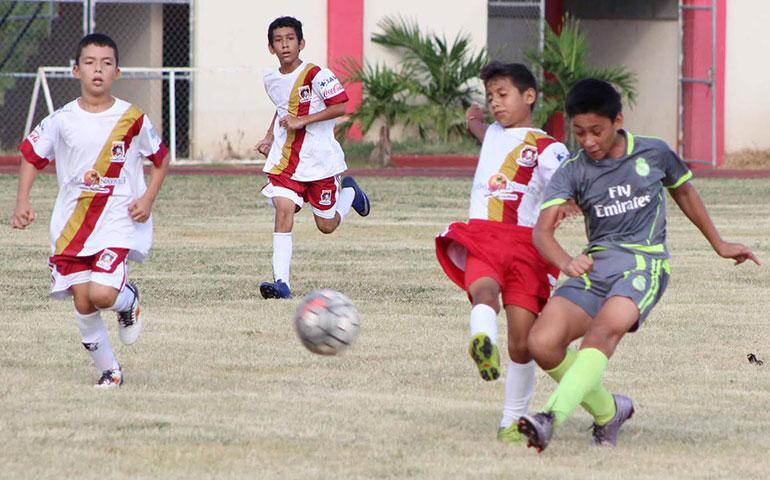 la-transformacion-se-ve-y-se-vive-en-la-liga-municipal-de-futbol-infantil