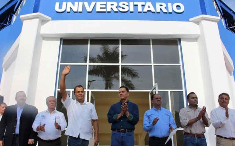 patronato-uan-entrega-obras-a-comunidad-universitaria