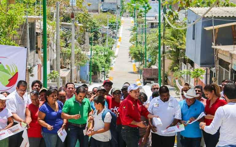 rehabilitamos-50-calles-en-beneficio-de-miles-de-familias-jose-gomez