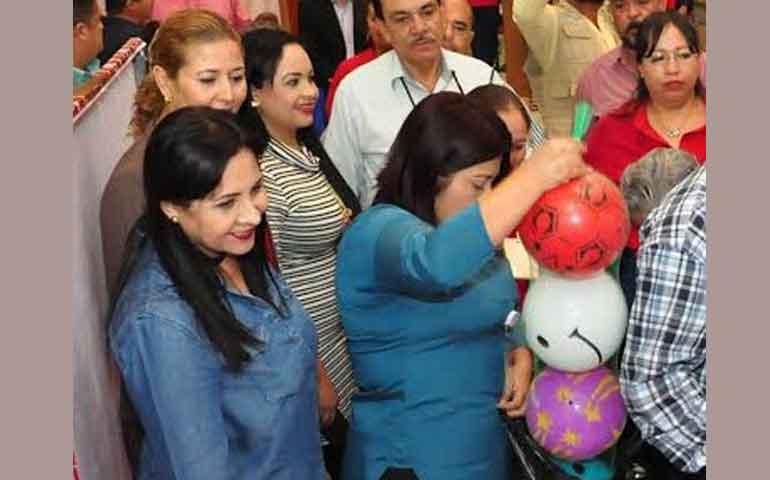 voluntariado-del-congreso-invita-a-participar-en-el-jugueton-2016