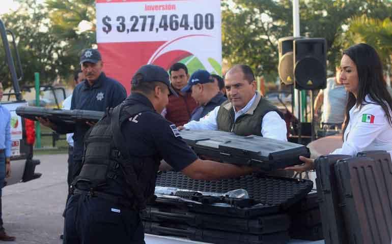dota-de-equipo-jose-gomez-a-policia-municipal