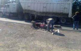 muere-motociclista-atropellado-por-trailer