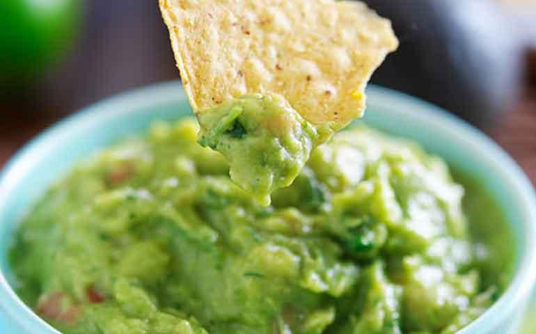 6-beneficios-para-la-salud-de-un-guacamole-al-estilo-super-bowl