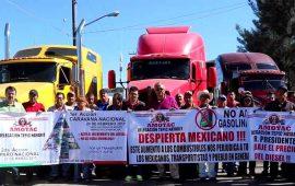 transportistas-protestan-y-paran-camiones