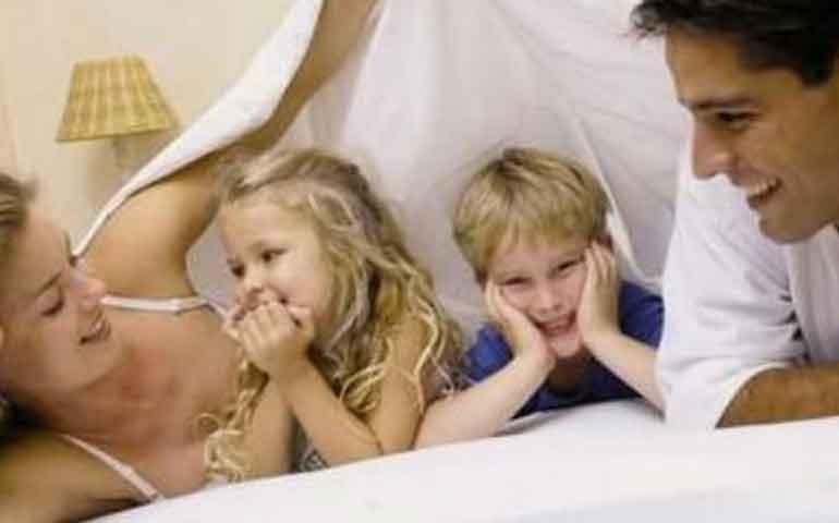 compartir-el-cuidado-de-los-hijos-mejora-la-vida-sexual-de-la-pareja-estudio