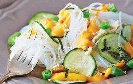 ensalada-de-fideo-de-arroz-con-alga