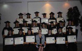 graduacion-de-la-generacion-2013-2016-de-licenciaturas-y-maestrias-de-la-univa1