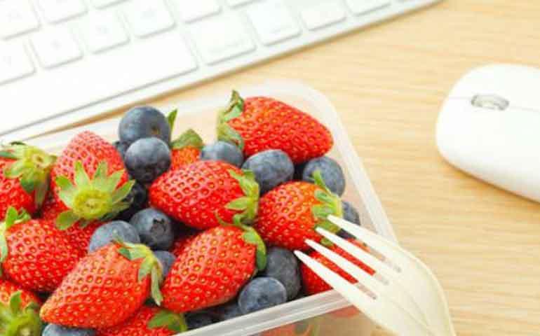 tips-para-no-romper-la-dieta-en-la-oficina