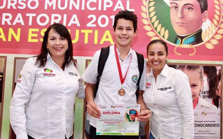 celebran-concurso-municipal-de-oratoria-en-bahia-de-banderas