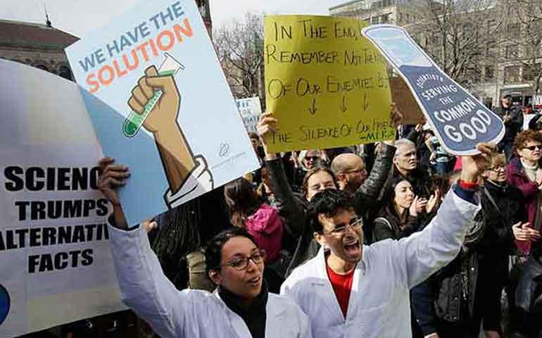 cientificos-protestan-contra-trump
