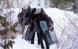 cientos-de-estadunidenses-huyen-como-inmigrantes-a-canada