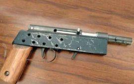 incautan-metralleta-a-estudiante-de-13-anos