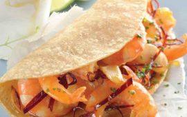Tacos de camarón al ajillo caramelizado