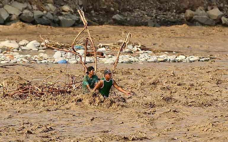 devastacion-en-peru-mas-de-700-mil-damnificados-por-lluvias