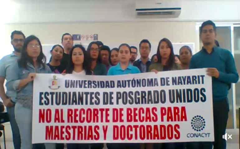 estudiantes-de-posgrado-de-la-uan-se-quedaran-sin-becas