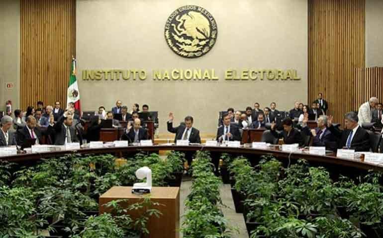 tepjf-revoca-acuerdo-para-reducir-sueldos-de-consejeros-electorales