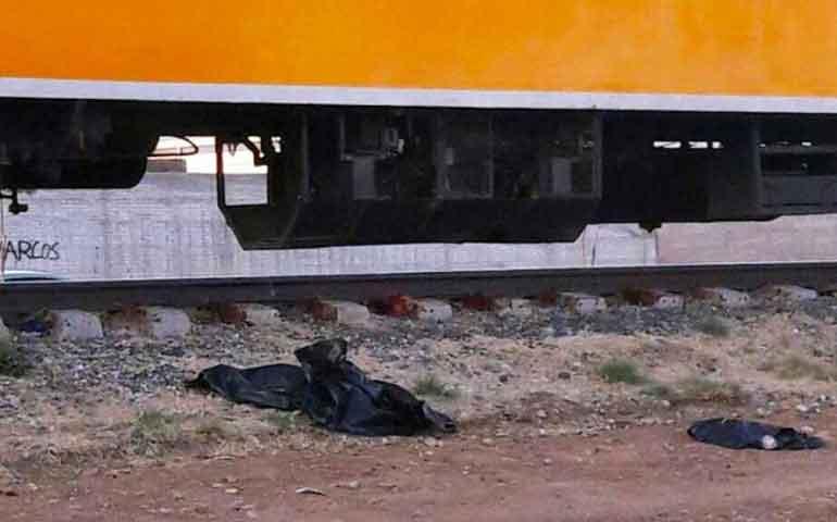 madre-se-suicida-con-sus-hijos-sentandose-en-vias-del-tren