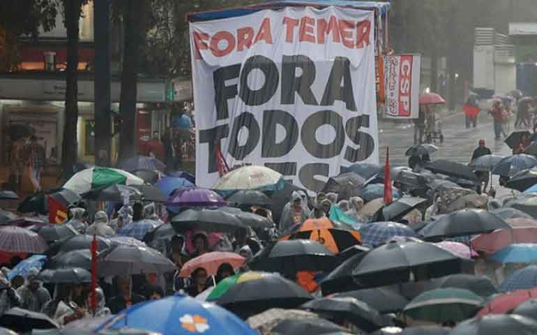 brasilenos-exigen-renuncia-del-presidente-michel-temer