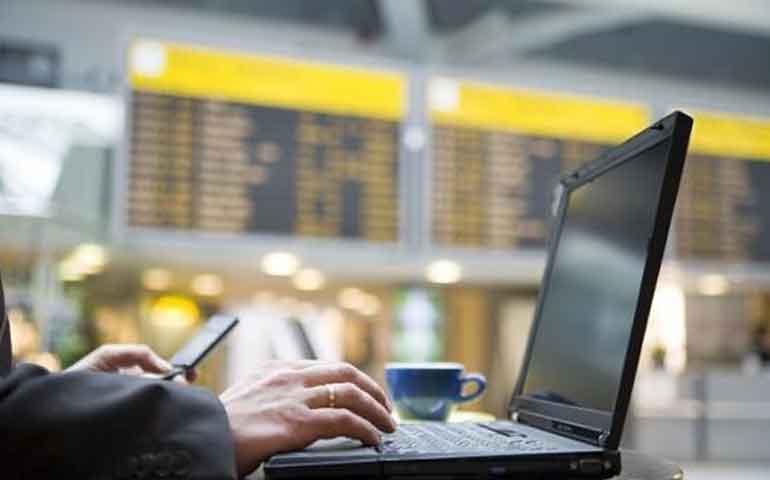 eu-podria-prohibir-las-laptops-en-todos-los-vuelos-internacionales