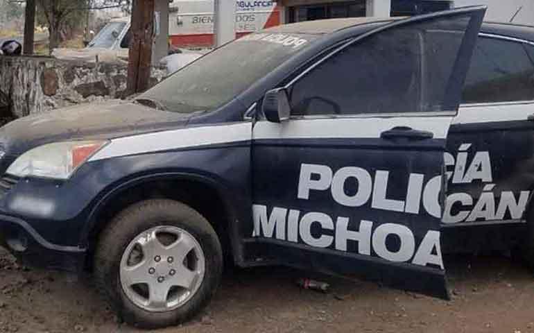 hallan-camionetas-robadas-en-michoacan-lucian-como-patrullas