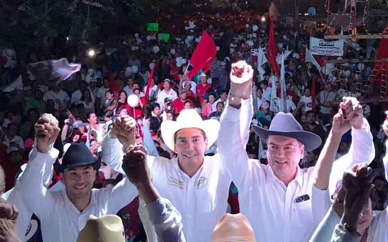 hector-santana-demuestra-su-fortaleza-electoral