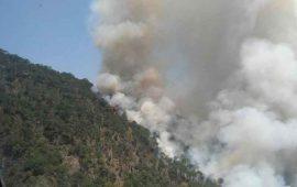 se-complica-apagar-incendio-en-cerro-de-san-juan