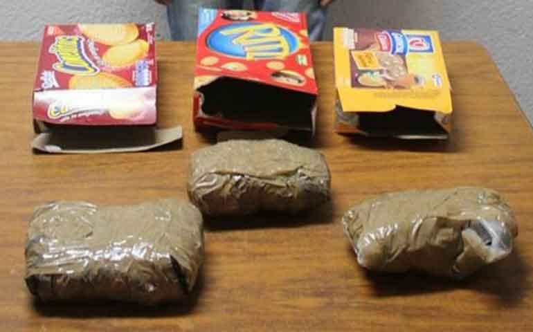 usa-cajas-con-galletas-para-meter-droga-a-cereso-olor-lo-delata