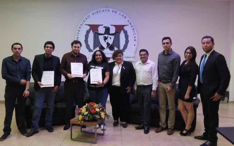 Alumnos-de-Comunicación--de-Vizcaya-organizan-panel-sobre-persuasión-de-audiencia7