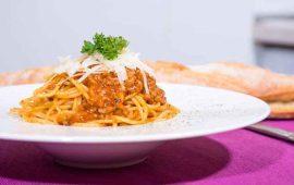 Espaguetis-en-salsa-boloñesa-