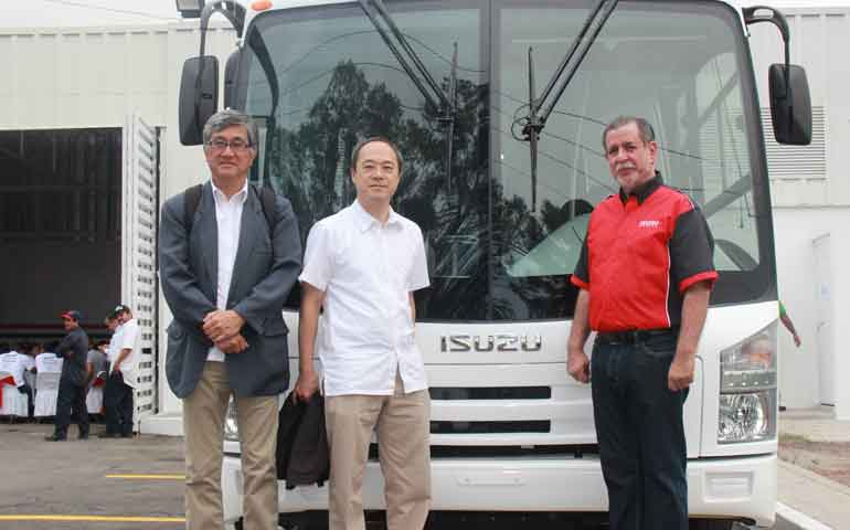 ISUZU-DAY-TEPIC-20171