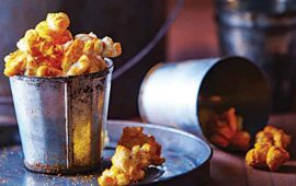 Palomitas-de-maíz-con-queso-cheddar-y-chile-