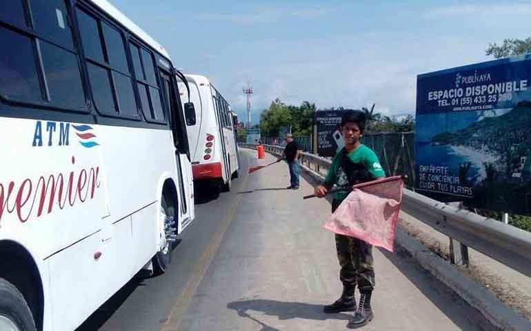 apoyara-ayuntamiento-de-bahia-de-banderas-en-reduccion-de-trafico-en-carretera-200