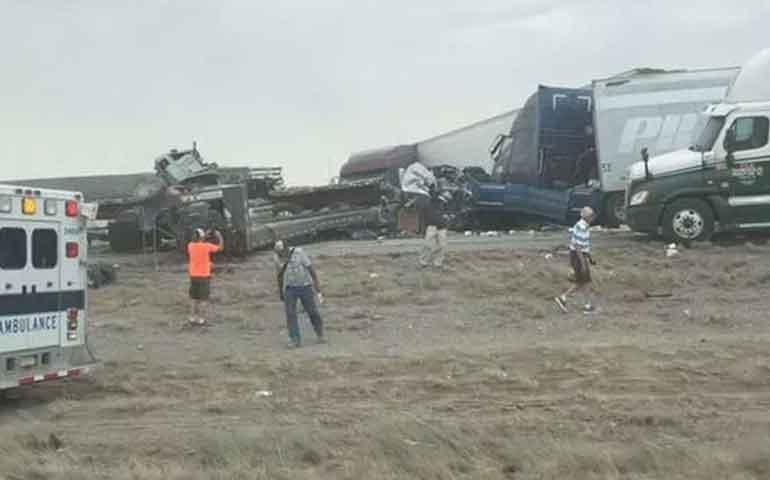 carambola-entre-25-vehiculos-causa-6-muertos-en-eu