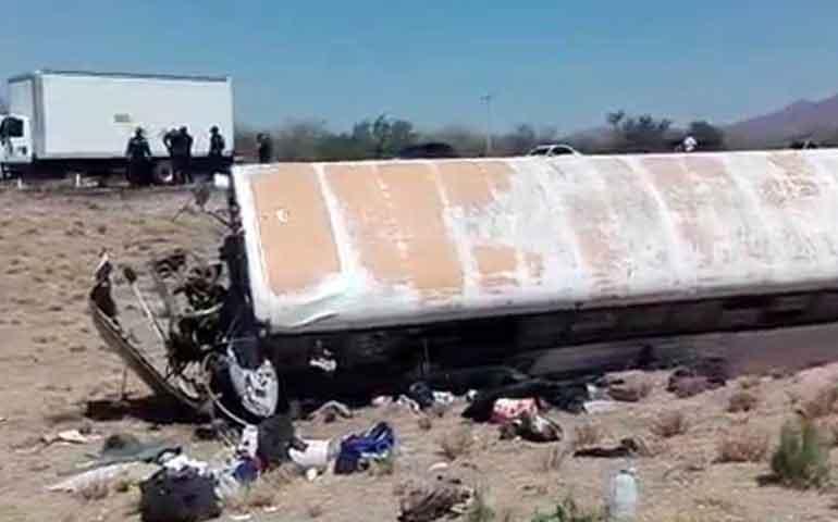 mueren-jornalero-y-bebe-por-camionazo-en-sonora-hay-43-heridos