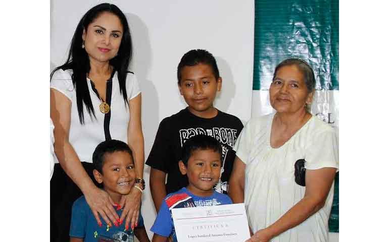 programa-de-seguro-de-jefas-de-familia-justicia-para-las-familias-ana-lilia