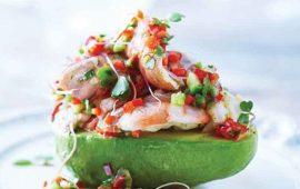 Aguacate relleno de aguachile de camarón