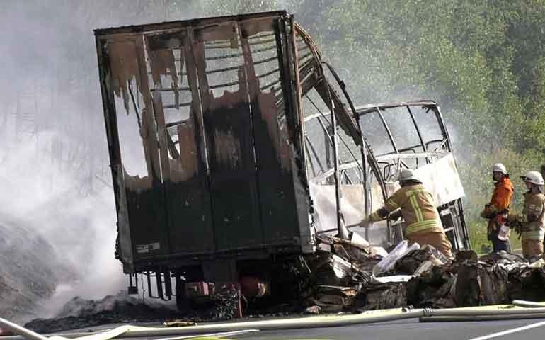 accidente-de-transito-en-alemania-deja-18-muertos