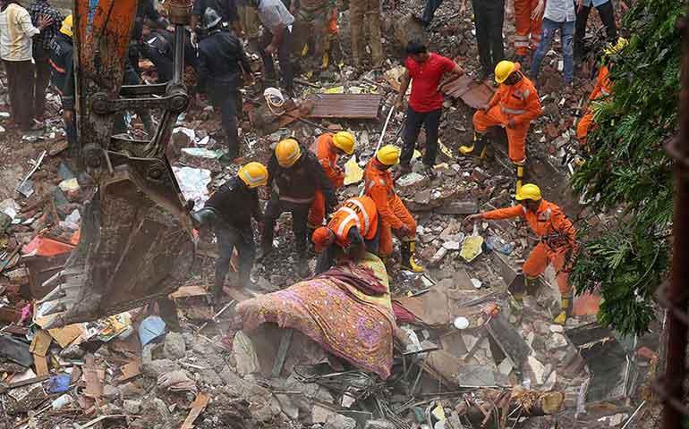 derrumbe-de-edificio-en-india-deja-al-menos-12-muertos