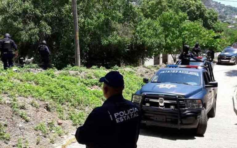 emboscan-a-empleados-de-bansefi-en-guerrero-7-muertos