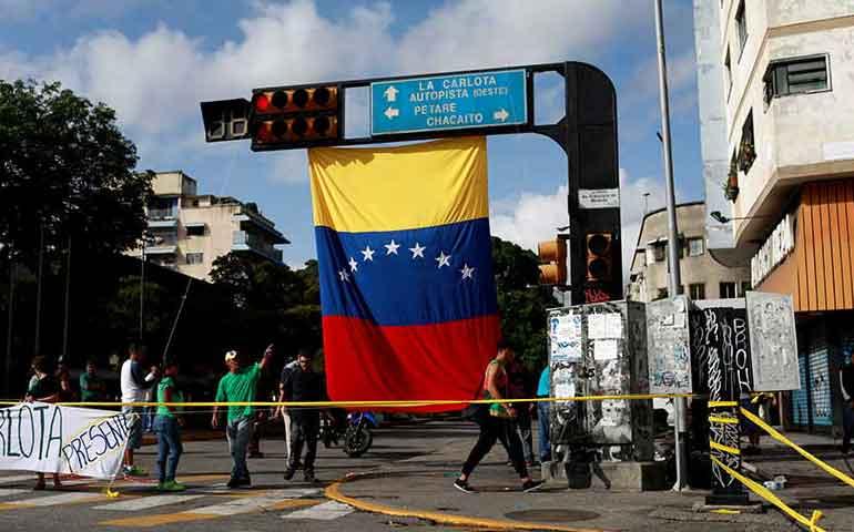 huelga-masiva-contra-maduro-paraliza-venezuela