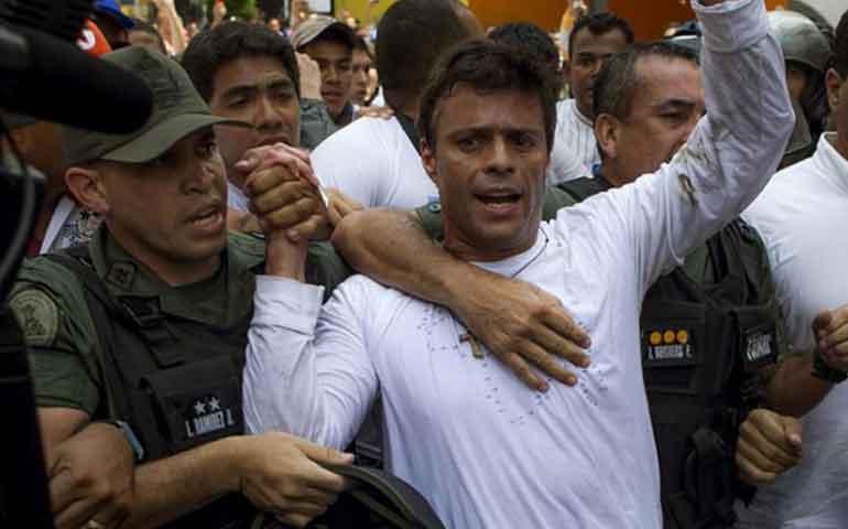 libera-venezuela-a-leopoldo-lopez-le-da-arresto-domiciliario