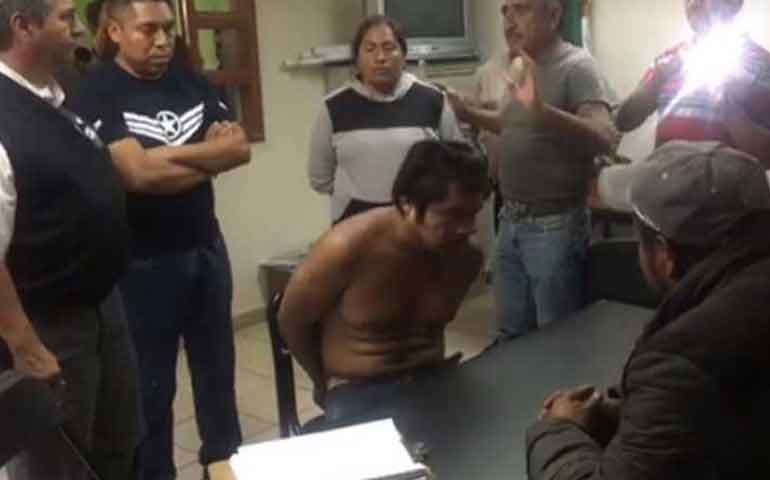 pobladores-atrapan-a-ladron-e-intentan-lincharlo-en-tlaxcala