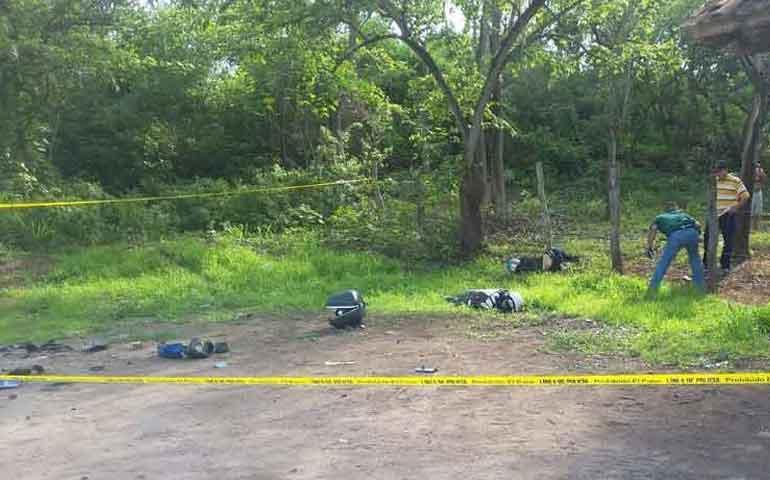 se-registra-aparatoso-accidente-en-el-poblado-las-lomas-hay-dos-muertos