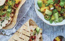 Tacos-de-pollo-asado-con-mango-