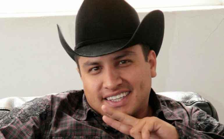 VIDEO--Julión-Álvarez-niega-tener-vínculos-con-el-narcotráfico